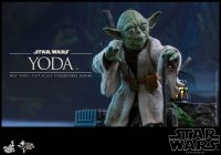 Hot Toys Star Wars: The Empire Strikes Back – 1/6th scale Yoda Collectible Figure