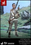 Rey (Resistance Outfit) Sixth Scale Figure by Hot Toys